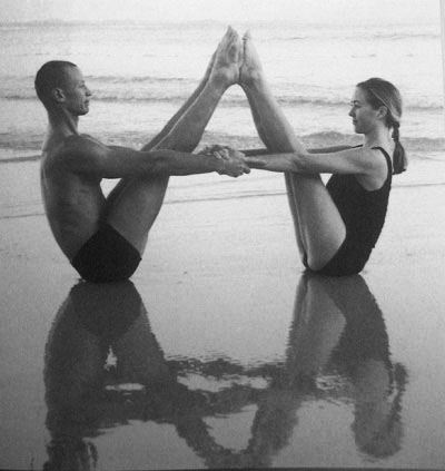 Sexyasana 10 Romantical Partner Yoga Poses Y Is For Yogini