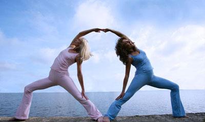 sexyasana 10 romantical partner yoga poses  y is for yogini